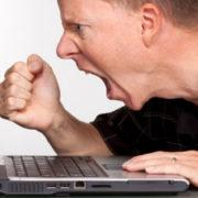 Online hospitality-waanzin computer stress service kwaliteit training gastvrijheid klantvriendelijkheid etiquette Model van Aandacht Mind Your Guest Robert Bosma