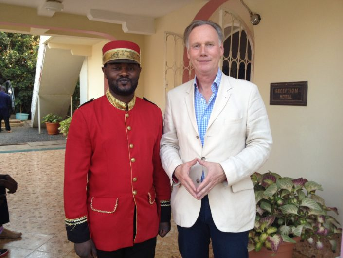 horeca groupe congo rwanda bukavu training missie model van aandacht gastvrijheid service kwaliteit the connect effect Mind Your Guest Robert Bosma