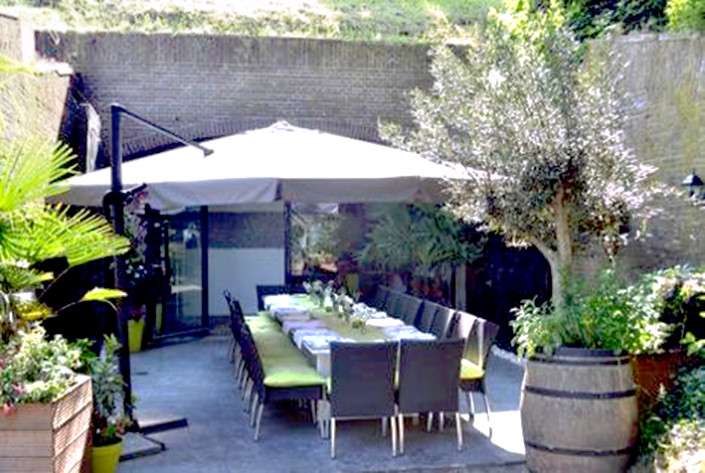 Restaurant Acquavite Naarden vesting terras brandguide coach inghospitality klantvriendelijkheid training gastvrijheid