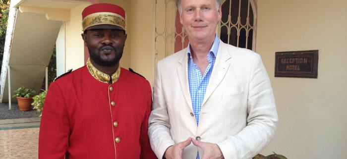 hospitality klantvriendelijkheid training gastvrijheid Kopieerdrift Portier Receptie Hotel Horizon Bukavu Kongo Training Gastvrijheid service kwaliteit team Mind Your Guest Robert Bosma